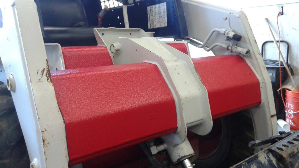 Защита коммерческого транспорта напылением полимерного покрытия RHINO LININGS_00008